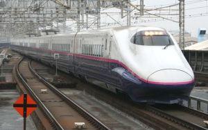 800px-e2_j8_nasuno_272_omiya_20110206