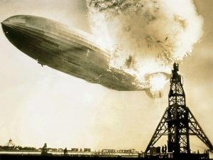 Hindenburg fire 03