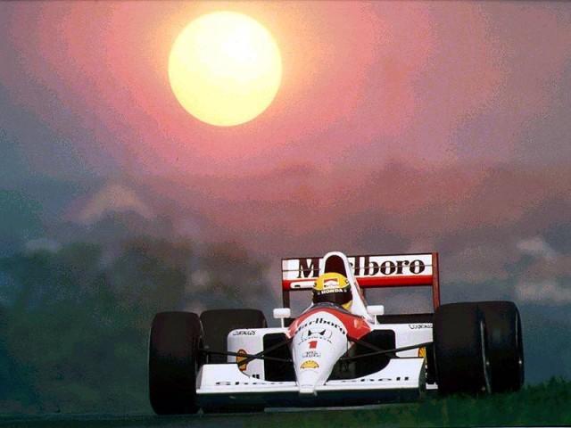 McLaren-Honda-Ayrton-Senna-640x480