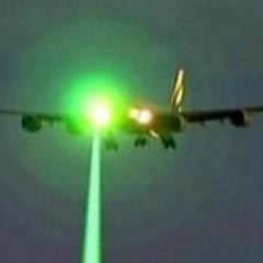 plane-laser-630-620x413-240x240