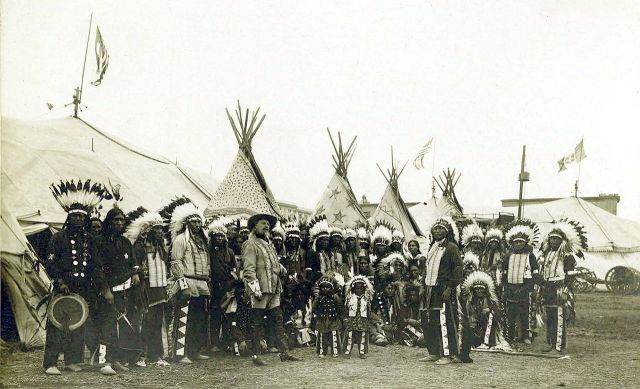 1280px-Buffalo_Bills_Wild_West_Show,_1890