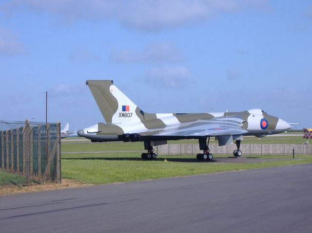 XM607_SIDE_VIEW