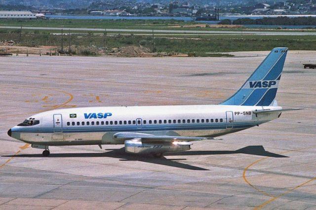 737-200-vasp1-750x500